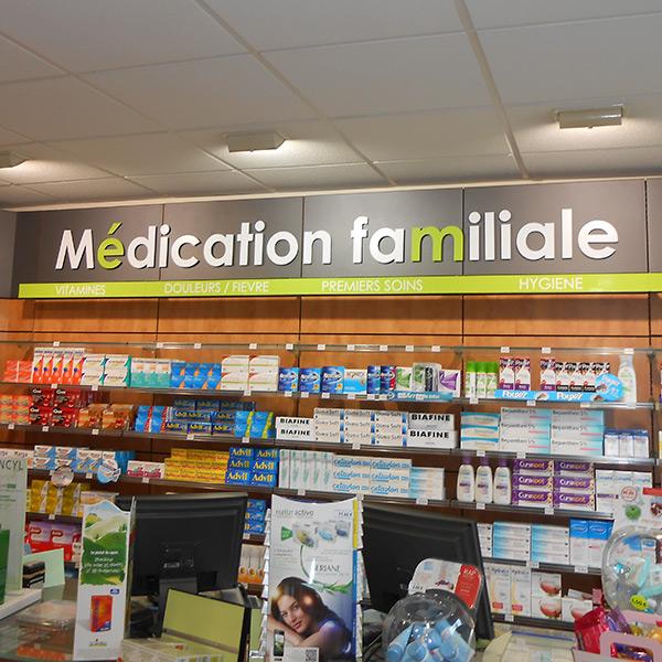 Am nagement d 39 int rieur de pharmacie amiens sf enseignes for Amenagement interieur pharmacie