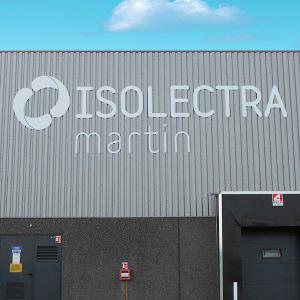 ISOLECTRA Fabricant enseignes non lumineuse Amiens magasin commerce