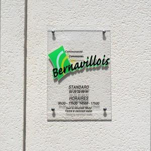 Signalétique PLV Amiens plaque plexiglas accueil