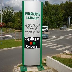Fabricant de totem signalisation pharmacie Amiens